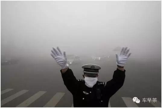 上海限行,买新能源车还送牌照